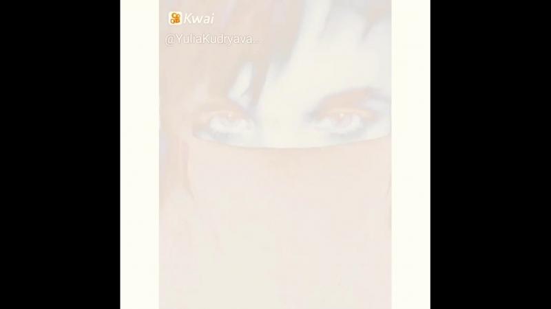 Женские глаза — как океан. И только от мужчины зависит будет он Тихим или Ледовитым.