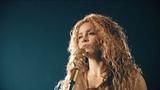 Shakira on Instagram Paris, je taime
