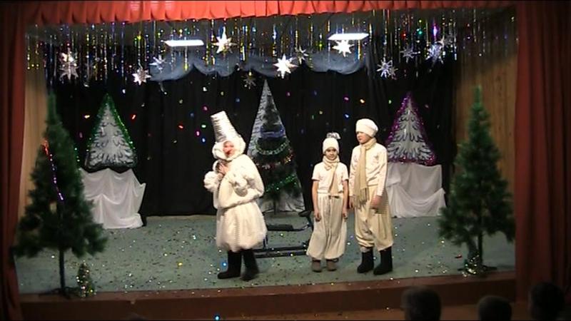 Спектакль Новогодние приключения хлопушек.