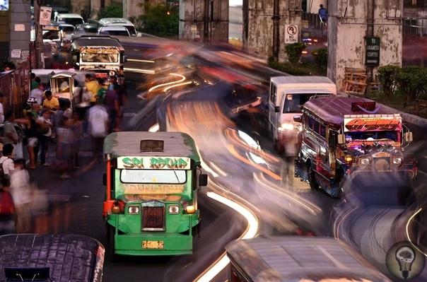 Короли дороги манильские джипни. Ч.-1 Раскрашенные манильские маршрутки считаются таким же культурным символом столицы Филиппин, как желтые такси Нью-Йорка. Если нужно быстро и дешево куда-то