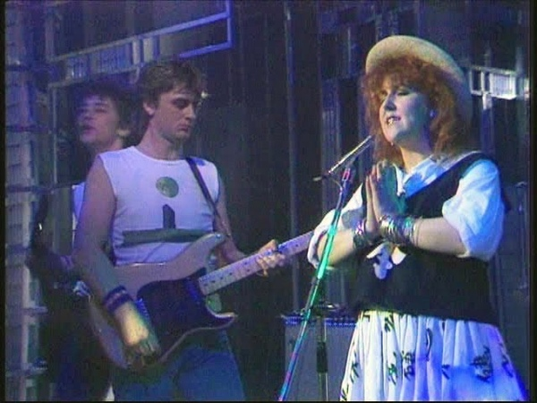 Mike Oldfield Maggie Reilly - Moonlight Shadow (1983)