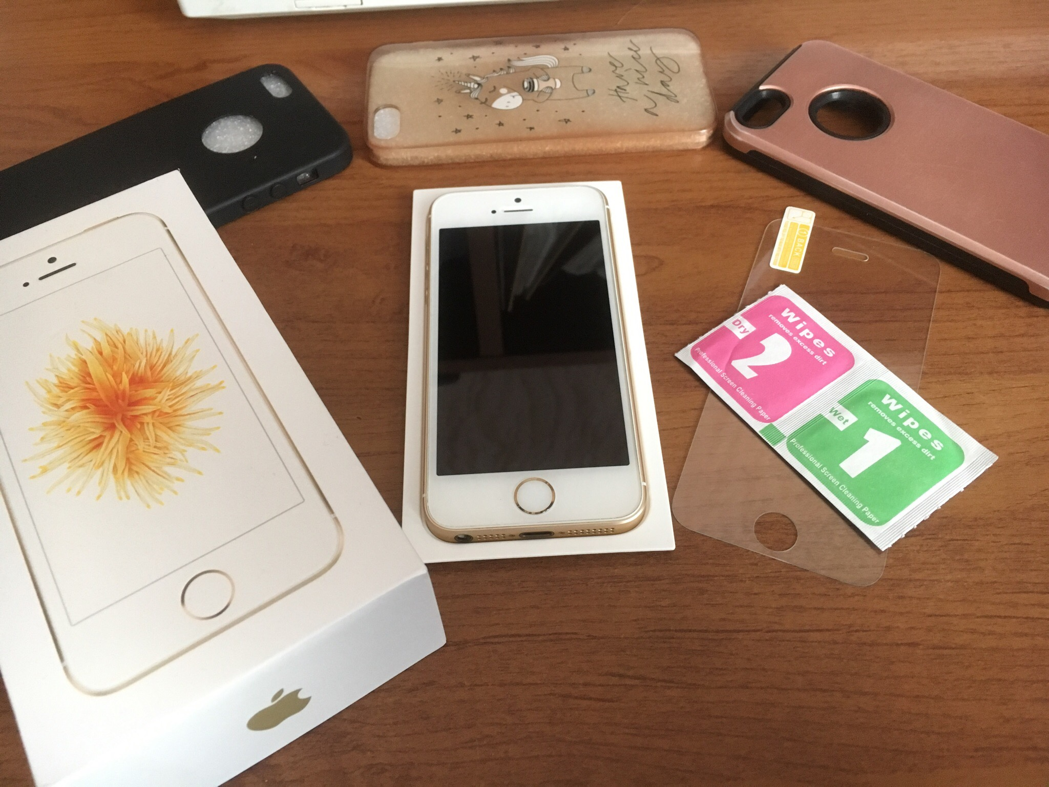 iPhone se 32 gb Gold