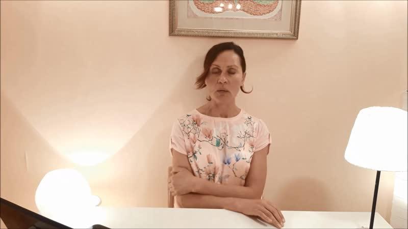 Что со мной не так? А еще со мной живет больная на голову мам. Елена Ушанкова. Коуч, астролог, нумеролог.