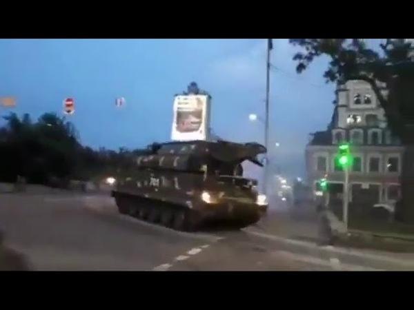 ЗРК БуК врезался в здание. Репетиция парада в Киеве 18.08.2018