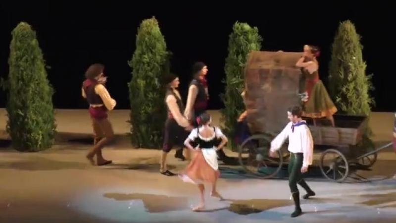 2 Paquita Andres moving cypresses Paquita Act I Пахита сцена в таборе Акт I