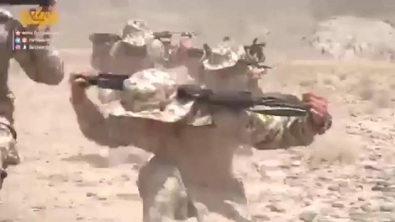 Тренировки новобранцев морской пехоты КСИР