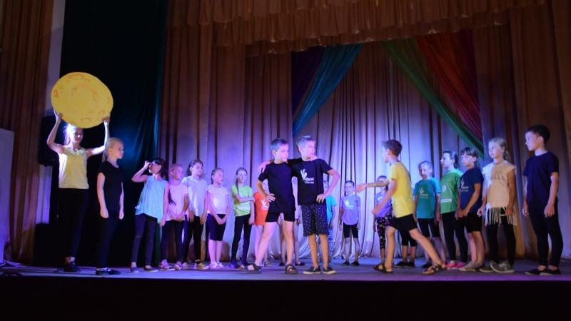 Спектакль Однажды летней ночью по сказке М.Горького Жил-был самовар