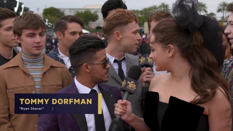 13 Reasons Why' Cast Reveal Their Favorite TV Shows | 2018 MTV Movie TV Awards