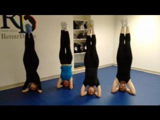 Лана, с днем рождения! :) Группа акробатика чт