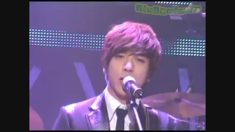 20100114 CNBlue Debut Showcase - Now or never (Yong Hwa focus)