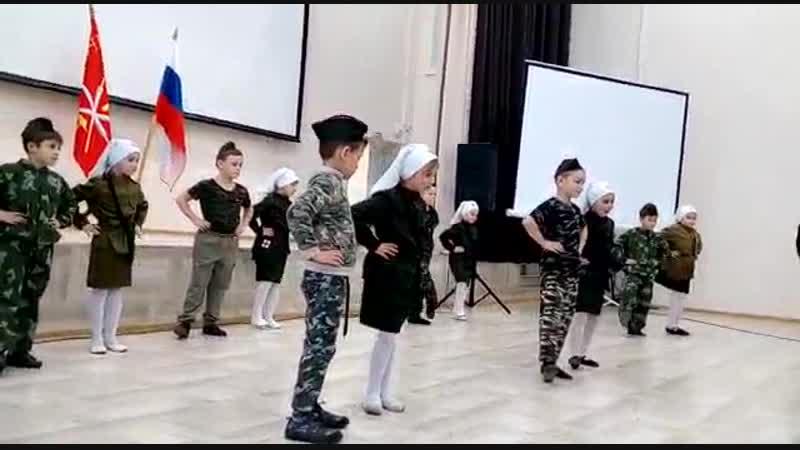 Солдат молоденький