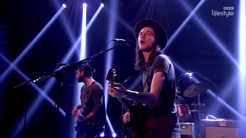 James Bay - Best Fake Smile (The Graham Norton Show 18-14 - 2016-01-08)