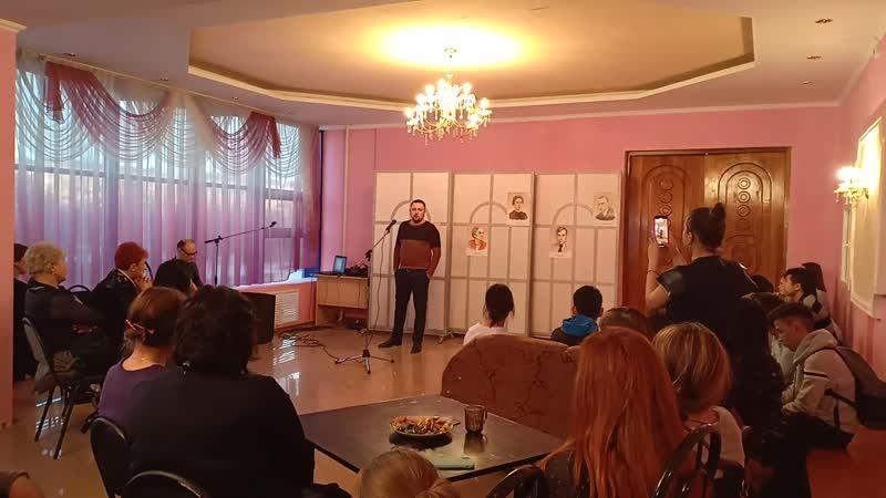 Кирилл Филонов читает стихи Николая Рубцова