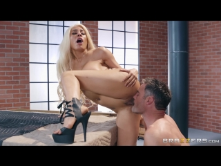 Brazzers.com] Luna Star (Bomb Pussy) [2018-08-13, Big Tits, Blonde, Deep Throat, Face Fuck, Facial, Latina, Straight, Tattoos, U