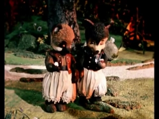 Два жадных медвежонка. Мультфильм для самых маленьких жадин.