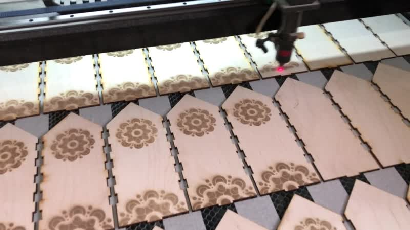 Производство сувенирной упаковки из дерева.