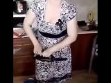 Я хочу вам показать мою супругу, как она умеет гнуть