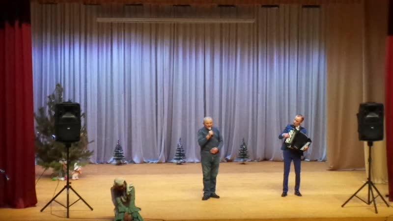 Нияз Сафиуллин концертында җырлый Нәҗип Гимадиев
