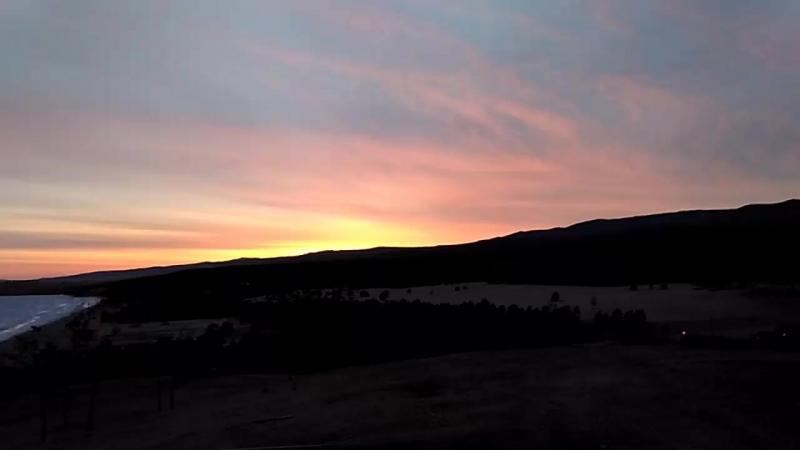 Рассвет на озере Байкал, мыс Бурхан