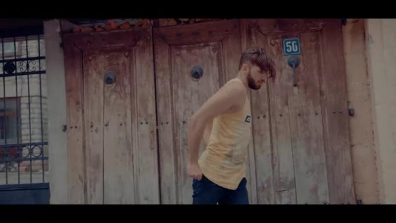 2Ton - Melisa (Official Video 4K)(480P).mp4