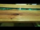 Безумно красивый стол из спилов дикой вишни.