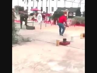 Milicia venezolana se alza contra nicolas maduro (lunes, 4 de febrero de 2019 )