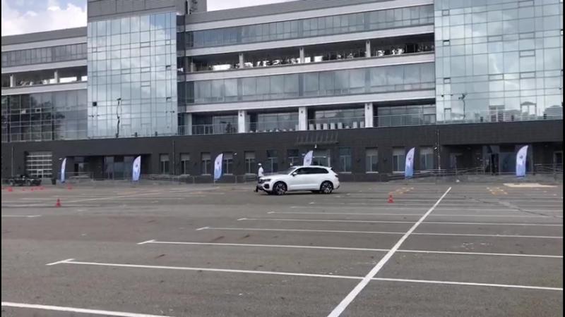Автономия Volkswagen Тест Touareg №3