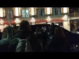 Alycia Debnam-Carey with fans tonight in Argentina