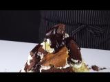 Сначала испечем торт, а потом безжалостно его ломаем!