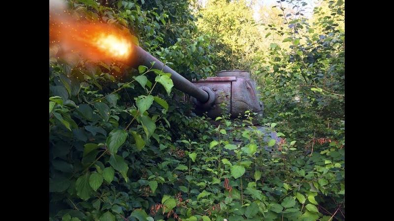 ОБНАРУЖИЛИ в кустах 2 заброшенных ржавых танка Т 34 в Германии