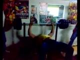 Андрей Пушкарь жим 200 кг.