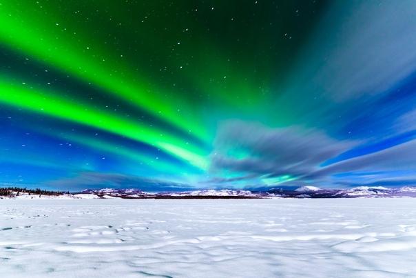 Что такое полярный день и полярная ночь Полярный деньЯвление, когда световой день, который длится больше суток, в продолжительности полгода, называется полярным днем и возникает вследствие