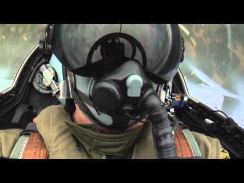 Saab JAS 39 Gripen aerial display HD