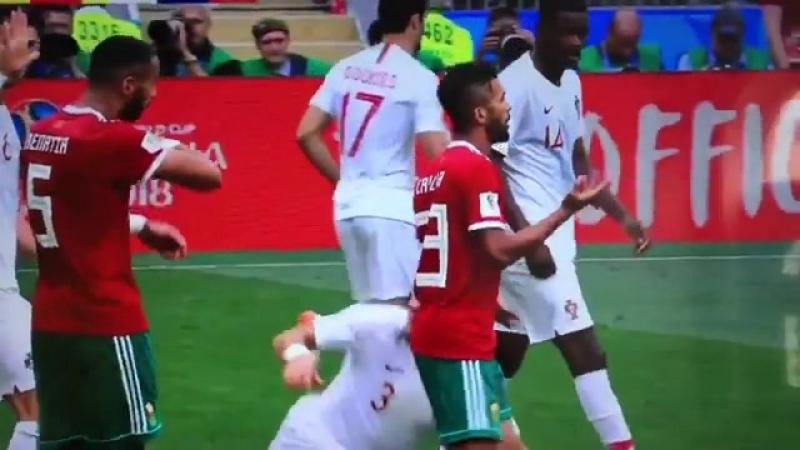 Симуляция Пепе в матче Португалия - Марокко. Чемпионат мира по футболу FIFA 2018 в России