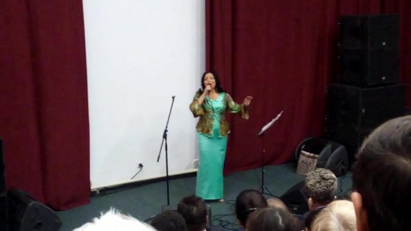 Фарида в Доме Дружбы Народов г.Чебоксары с благотворительным концертом...
