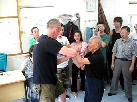 Grandmaster Ip Chun playing chi sau with Sifu Matt Isaacs