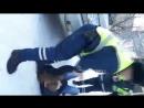 В Кирове подруги устроили пьяный дебош с полицией