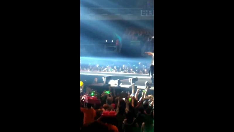 [FANCAM] [23.03.18] Music Bank в Чили