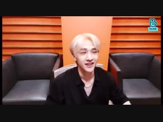 """""""hello stay who are also my baby girls... if you guys are my baby girls, that would mean i'm your dad....dy?"""" what the fuck chan"""