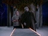 Новая Семейка Аддамс 56 Granny,.the.Happy.Medium The.New.Addams.Family