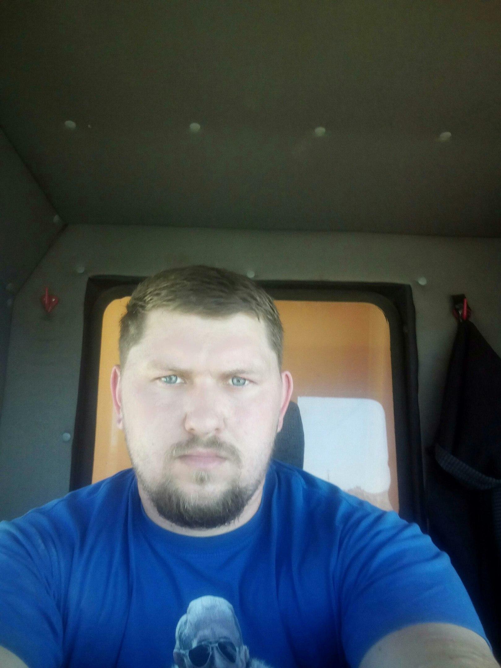 Pavel, 25, Kaluga