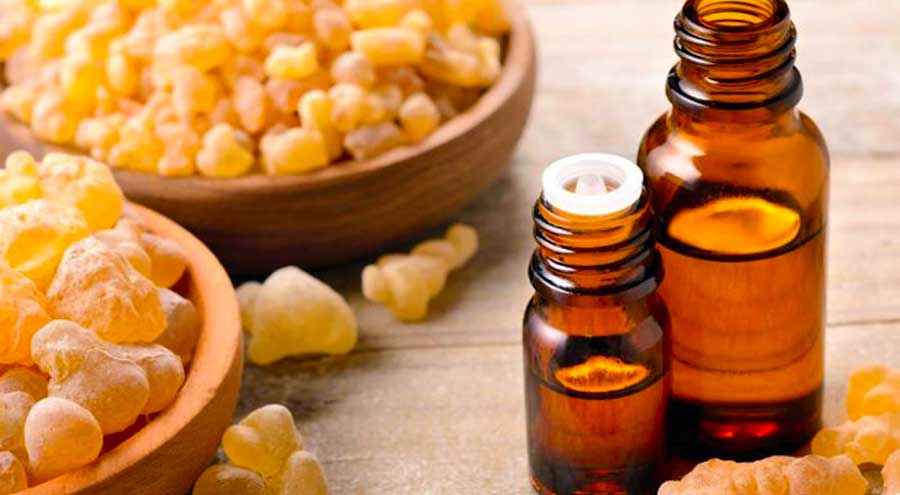 Свойства эфирного масла Ладана вызывают смерть раковых клеток