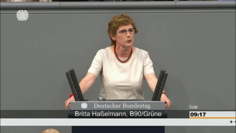 Britta Haßelmann -Grüne-- Freut Sie sich über die Abgeordneten oder ist ihr kalt- -15-06-2018-
