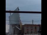 Порывами ветра сорвало крышу дома культуры в селе Боровка, Самарская область