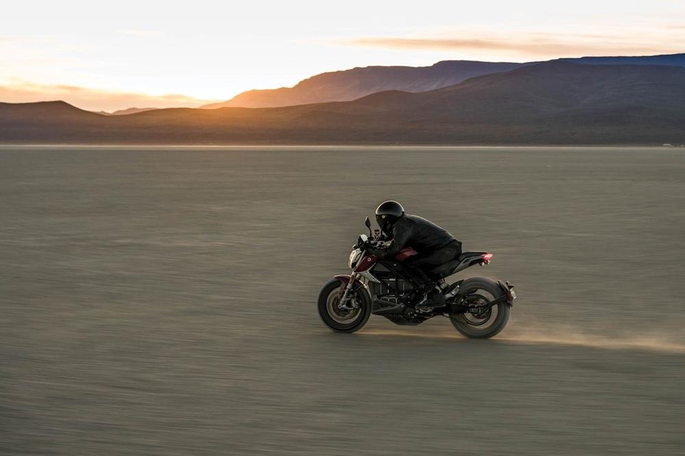 Новый электроцикл Zero SR/F Standart / Premium