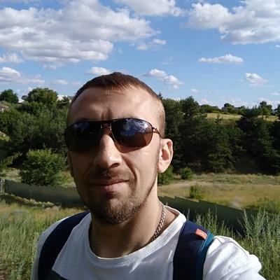 Роман Иванников