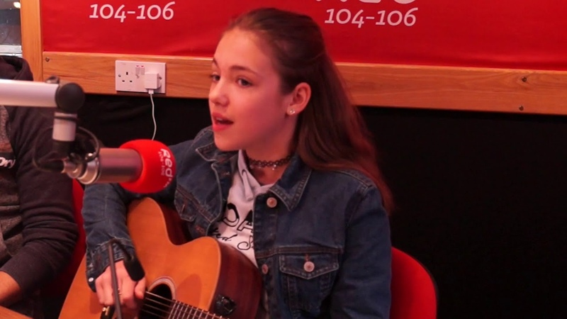 Allie Sherlock Performs Stay | Corks Red FM