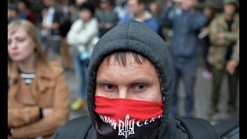 Зачем правосек НА САМОМ ДЕЛЕ попёрся в Москву
