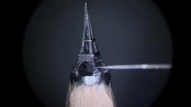 Детализированная мини-скульптура Эйфелевой башни на кончике карандаша от Салавата Фидаи