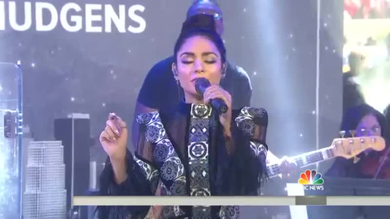 Vanessa Hudgens Shawn Hook - Reminding Me Live (The Today Show)